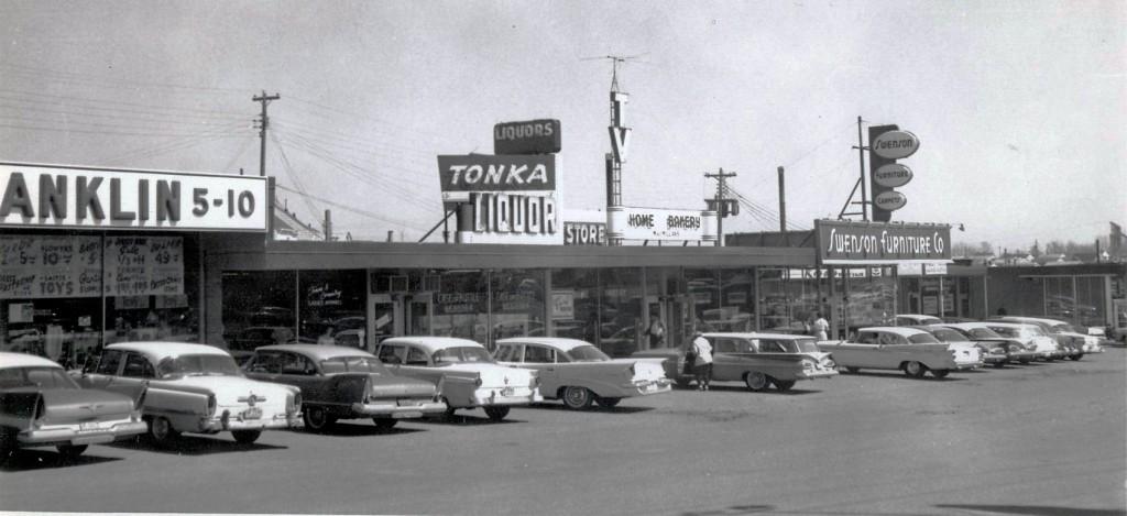8000 Minnetonka Blvd. Texa-Tonka 1960 01 crop