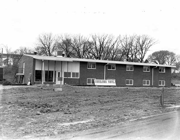 lakelandhotelmhs1951