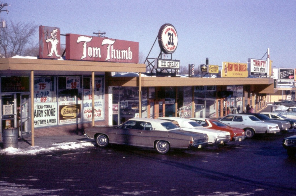 Tom Thumb 1974 resize